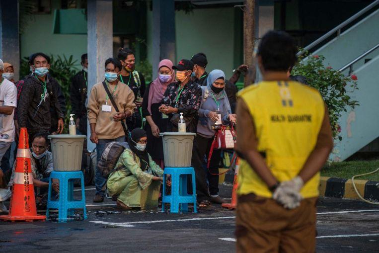 Indonesia mengulangi larangan pemulangan massal sebelum Hari Raya dan SE Asia News & Top Stories