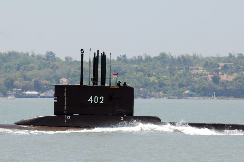 Associated Press: Kapal selam Indonesia hilang, dengan 53 di dalamnya