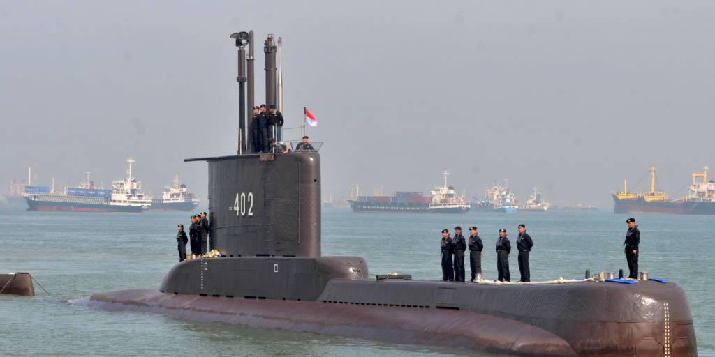Indonesia ingin menggandakan armada tiga kapal selamnya setelah serangan China