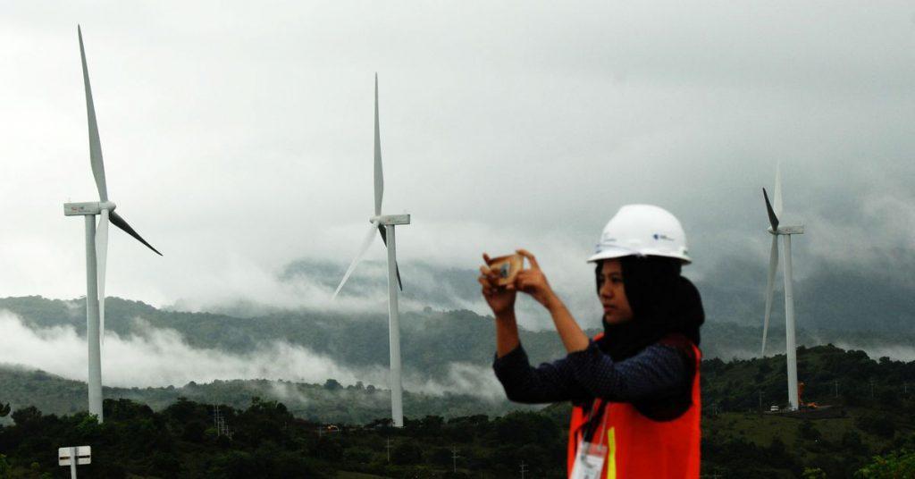 Energi terbarukan membuat setidaknya 48% dari rencana listrik Indonesia 2021-2030
