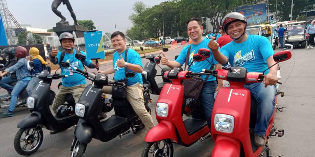 Peluncuran kemitraan NFC dan SiCepat Indonesia untuk sepeda motor listrik