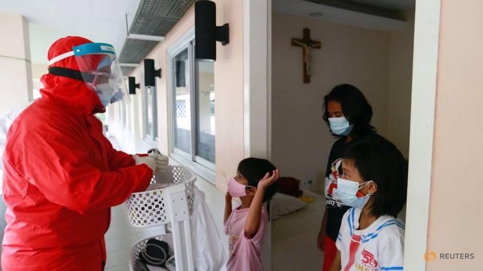 Indonesia yakin bisa capai 5 juta vaksin per hari: Menko