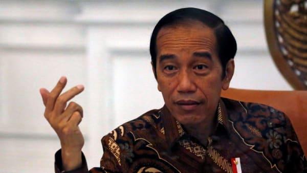 Indonesia harus mencapai keseimbangan antara kesehatan dan ekonomi;  Jokowi mengatakan kebijakan COVID-19 konsisten